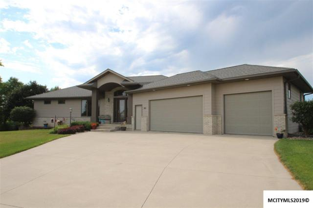 140 Pebble Creek Dr, MASON CITY, IA 50401 (MLS #190653) :: Jane Fischer & Associates