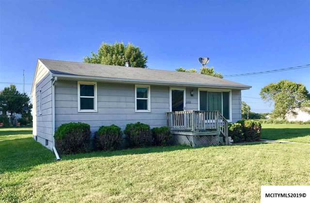 2212 20th St. Sw, MASON CITY, IA 50401 (MLS #190763) :: Jane Fischer & Associates