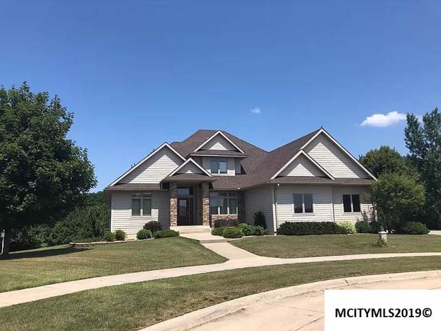 1692 S Rhode Island Ct, MASON CITY, IA 50401 (MLS #190956) :: Jane Fischer & Associates