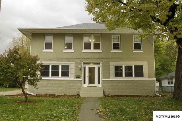 824 S Van Buren, MASON CITY, IA 50401 (MLS #191000) :: Jane Fischer & Associates