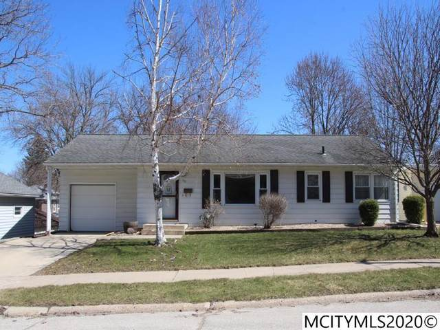 115 S Hampshire Pl, MASON CITY, IA 50401 (MLS #200186) :: Jane Fischer & Associates