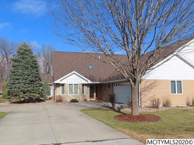 2022 Hunters Ridge Dr, MASON CITY, IA 50401 (MLS #200877) :: Jane Fischer & Associates