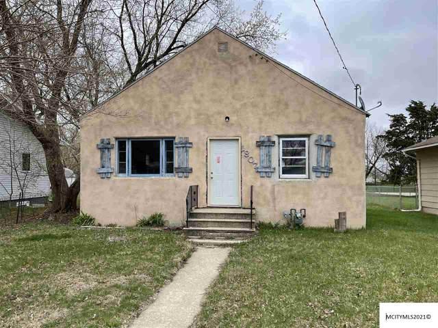 1807 S Hampshire Ave, MASON CITY, IA 50401 (MLS #210293) :: Jane Fischer & Associates