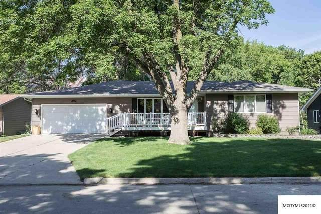 103 S 17th St, CLEAR LAKE, IA 50428 (MLS #210384) :: Jane Fischer & Associates