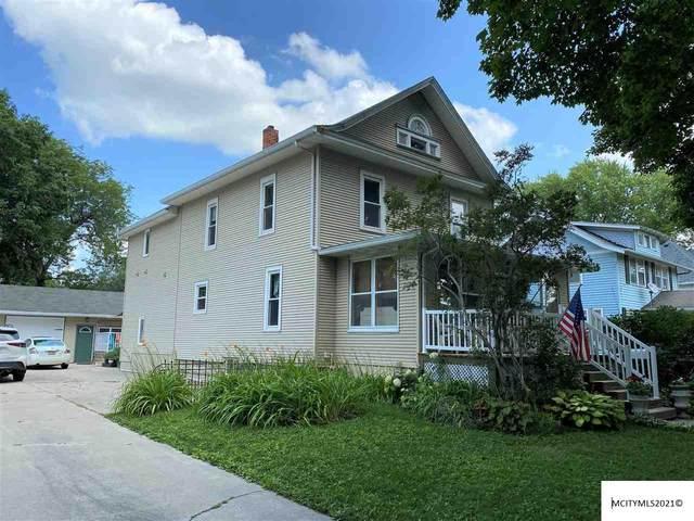 1108 Main Ave, CLEAR LAKE, IA 50428 (MLS #210531) :: Jane Fischer & Associates