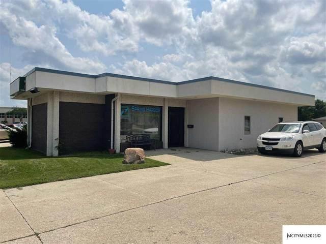 523 S Illinois, MASON CITY, IA 50401 (MLS #210543) :: Jane Fischer & Associates