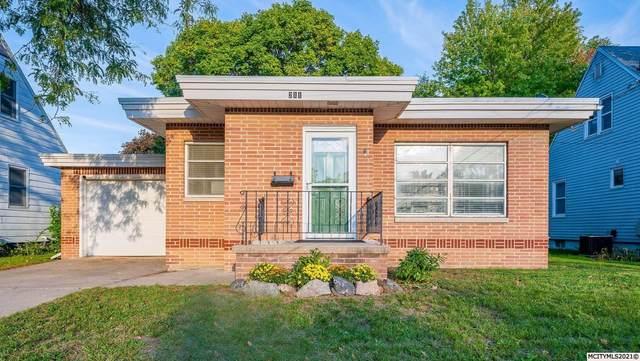 211 S Ohio Ave, MASON CITY, IA 50401 (MLS #210776) :: Jane Fischer & Associates