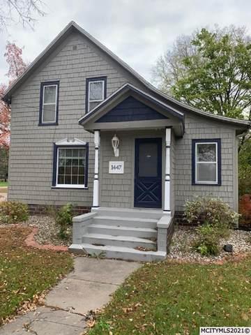 1447 N Carolina Ave, MASON CITY, IA 50401 (MLS #210862) :: Jane Fischer & Associates