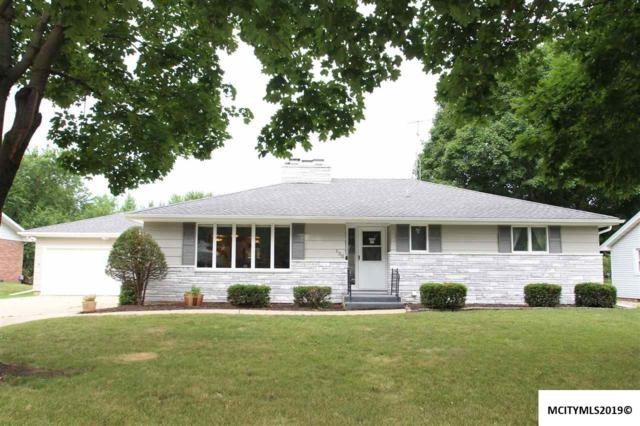 136 Meadow Lane, MASON CITY, IA 50401 (MLS #190642) :: Jane Fischer & Associates