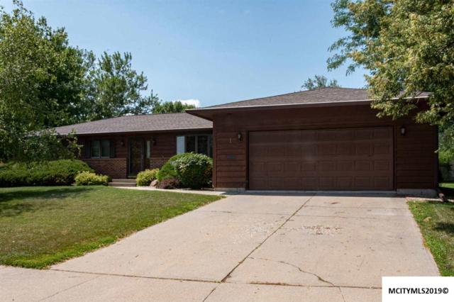 1 Briarstone Ct, MASON CITY, IA 50401 (MLS #190674) :: Jane Fischer & Associates