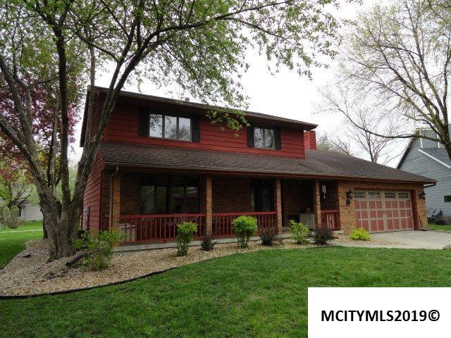 8 Post Road, MASON CITY, IA 50401 (MLS #190353) :: Jane Fischer & Associates