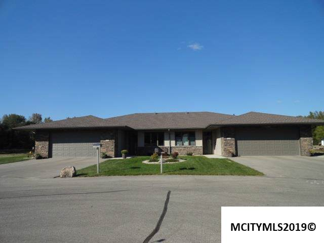 521 River Bend Court, MASON CITY, IA 50401 (MLS #190864) :: Jane Fischer & Associates