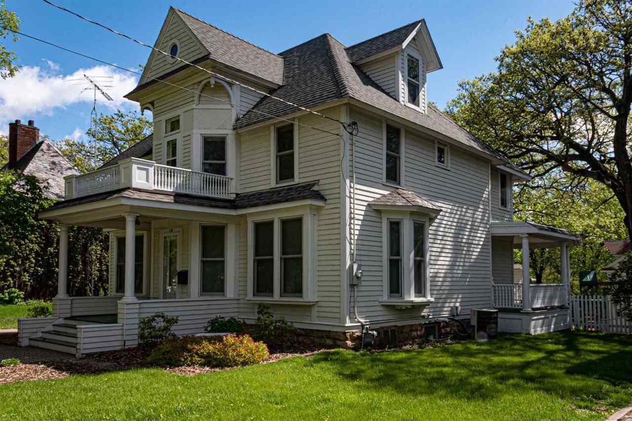 115 Connecticut - Photo 1