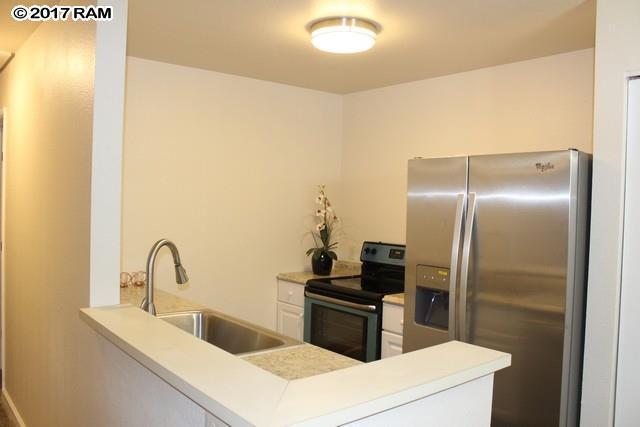 140 Uwapo Rd 7-206, Kihei, HI 96753 (MLS #375672) :: Island Sotheby's International Realty