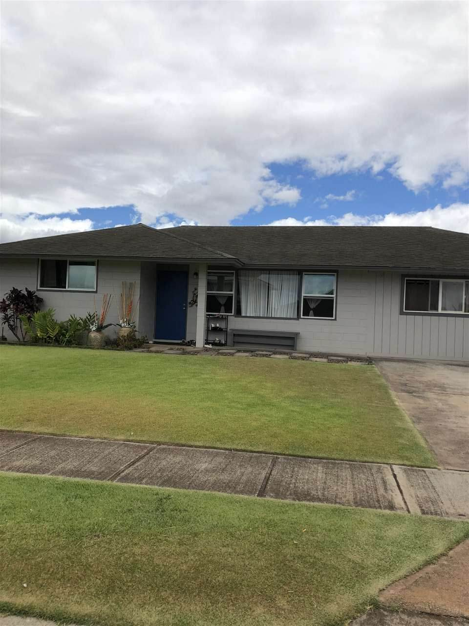 367 Mokapu St - Photo 1