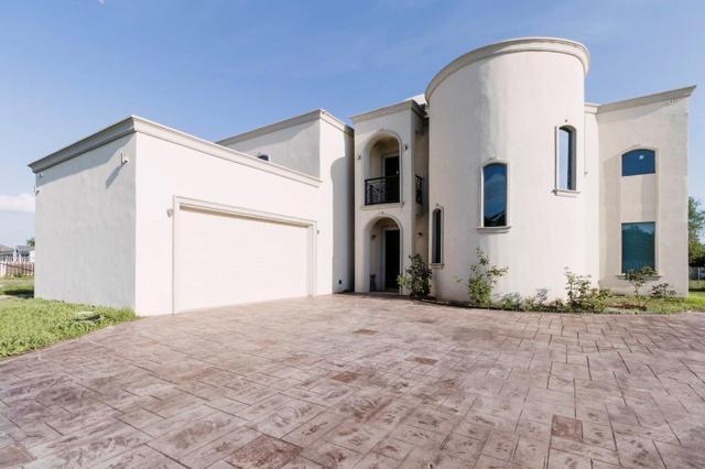 1704 Quail Avenue, Penitas, TX 78576 (MLS #222119) :: The Ryan & Brian Real Estate Team