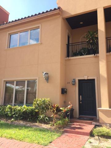 213 Robin Avenue, Mcallen, TX 78504 (MLS #222663) :: The Lucas Sanchez Real Estate Team