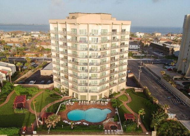 2000 Gulf Boulevard #108, South Padre Island, TX 78597 (MLS #301260) :: The Lucas Sanchez Real Estate Team