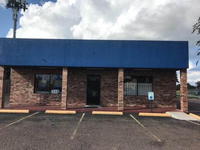 2412 Pecan Boulevard, Mcallen, TX 78501 (MLS #304397) :: The Lucas Sanchez Real Estate Team