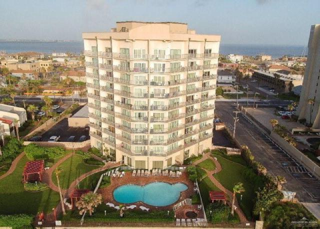 2000 Gulf Boulevard #108, South Padre Island, TX 78597 (MLS #317043) :: HSRGV Group