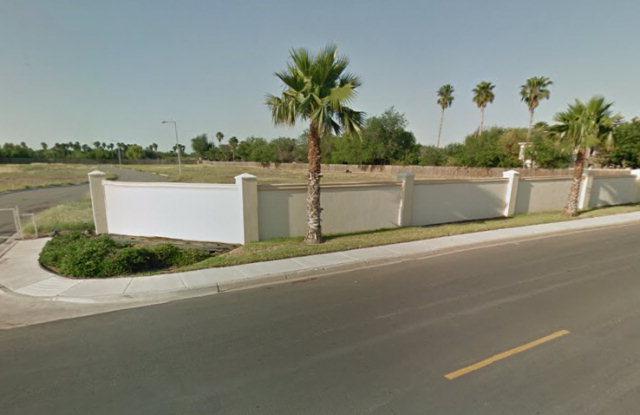 2511 S 41st Lane, Mcallen, TX 78501 (MLS #187252) :: The Ryan & Brian Real Estate Team