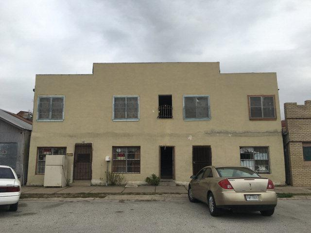 324 W Main Avenue, Raymondville, TX 78580 (MLS #193496) :: The Lucas Sanchez Real Estate Team