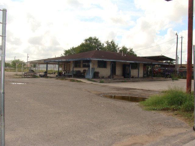 7803 S Cage Boulevard, Pharr, TX 78577 (MLS #201109) :: The Ryan & Brian Real Estate Team