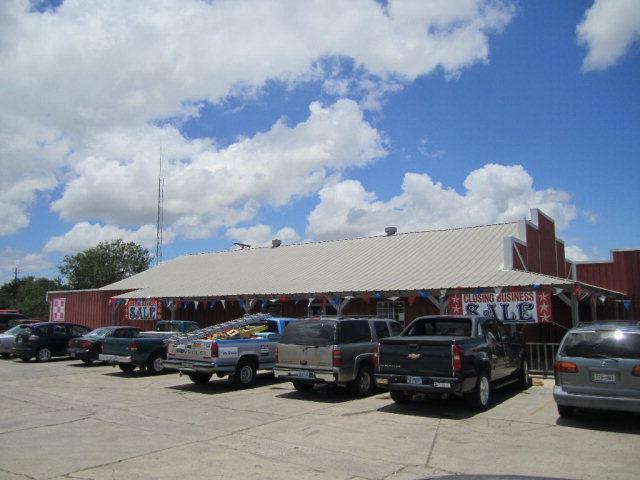 2301 W Business 83, Mcallen, TX 78501 (MLS #201740) :: Jinks Realty