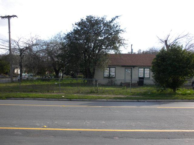 801 Jackson Avenue, Mcallen, TX 78501 (MLS #203154) :: Jinks Realty