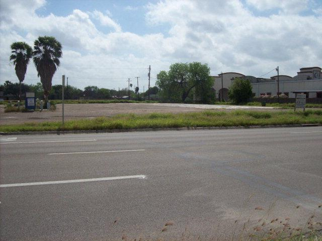 809 W Expressway 83, Donna, TX 78537 (MLS #204585) :: The Lucas Sanchez Real Estate Team