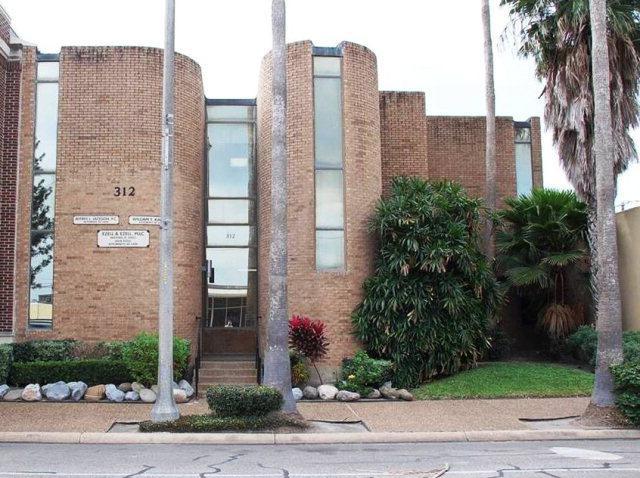 312 E Van Buren, Harlingen, TX 78550 (MLS #204640) :: Top Tier Real Estate Group