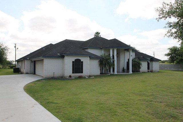 1526 W Mile 9 1/4, Weslaco, TX 78599 (MLS #207747) :: The Lucas Sanchez Real Estate Team