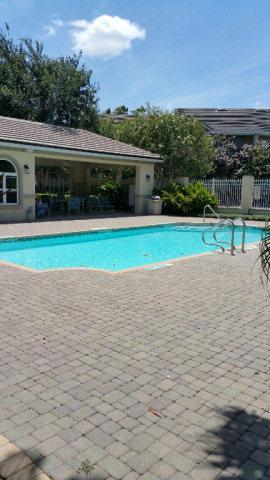 800 Sunset Drive B7, Mcallen, TX 78503 (MLS #207913) :: Top Tier Real Estate Group