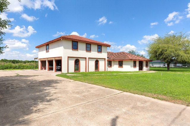 304 Villarreal Street, Edinburg, TX 78542 (MLS #209282) :: The Ryan & Brian Real Estate Team