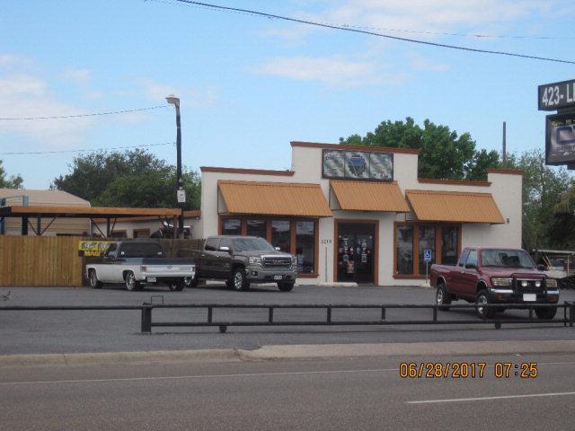 1219 W Tyler Avenue, Harlingen, TX 78550 (MLS #209555) :: Jinks Realty