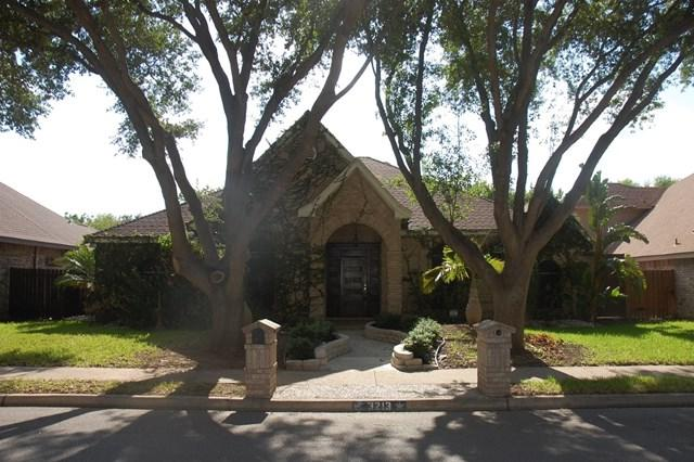 3213 N Cynthia Lane, Mcallen, TX 78501 (MLS #210434) :: The Ryan & Brian Real Estate Team