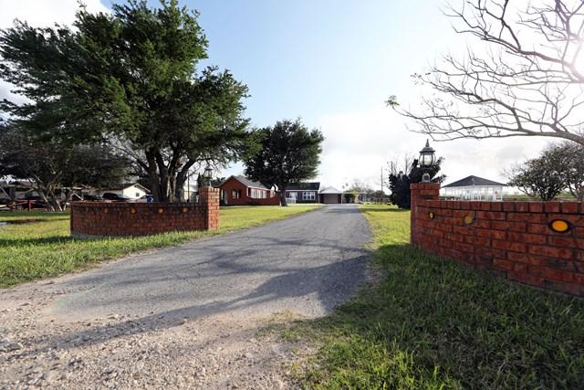 15768 S Us Highway 281, San Benito, TX 78586 (MLS #211666) :: Jinks Realty