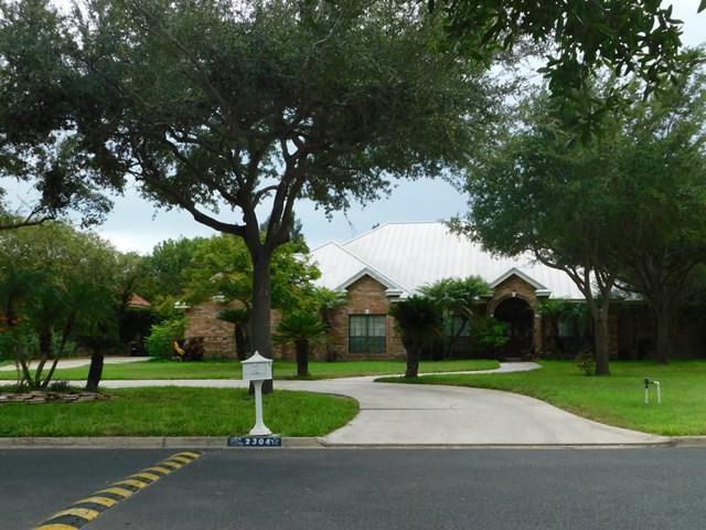 2304 Silverado Drive, Palmhurst, TX 78573 (MLS #212056) :: Jinks Realty