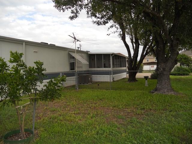 414 Citrus Circle, San Juan, TX 78589 (MLS #213020) :: Top Tier Real Estate Group