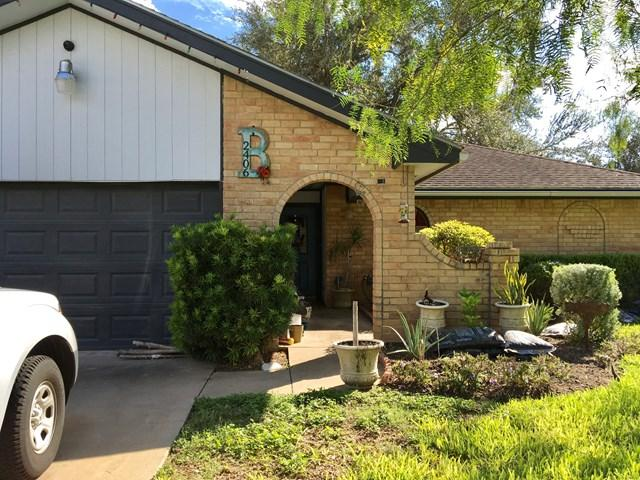 2406 Mimosa Street, Mission, TX 78574 (MLS #213148) :: Jinks Realty