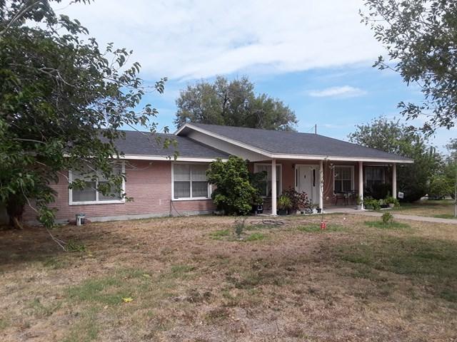 2921 N Texas Blvd, Weslaco, TX 78599 (MLS #213237) :: The Lucas Sanchez Real Estate Team