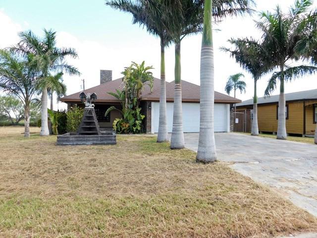 3906 N Flores Street, Edinburg, TX 78541 (MLS #213355) :: The Lucas Sanchez Real Estate Team