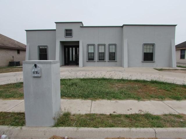 1014 Palmview Circle, Rio Grande City, TX 78582 (MLS #213923) :: Jinks Realty