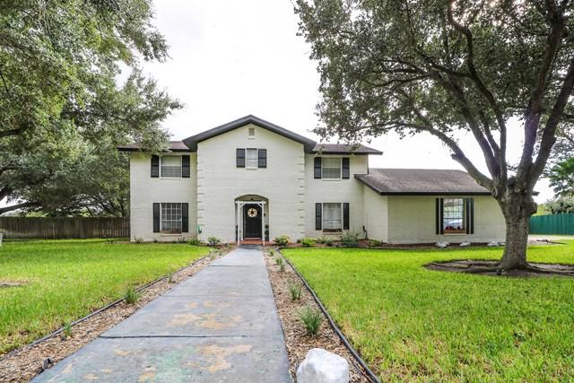 101 W Chaparral Street, Weslaco, TX 78596 (MLS #214027) :: The Deldi Ortegon Group and Keller Williams Realty RGV