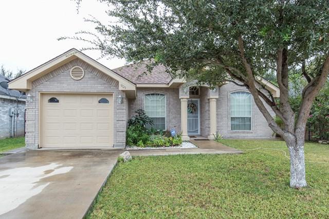 905 Douglas Street, Pharr, TX 78577 (MLS #214028) :: The Deldi Ortegon Group and Keller Williams Realty RGV