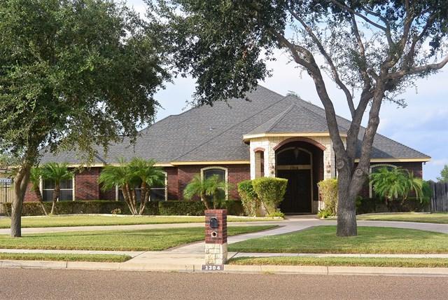 1304 W Fullerton Avenue, Mcallen, TX 78504 (MLS #214471) :: Jinks Realty