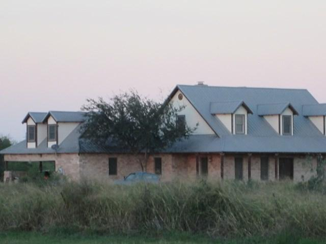 670 W Trenton Road, Donna, TX 78537 (MLS #214642) :: The Lucas Sanchez Real Estate Team