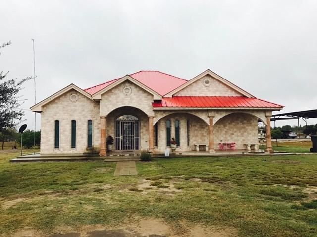 565 N La Paloma Drive, Rio Grande City, TX 78582 (MLS #214788) :: Jinks Realty
