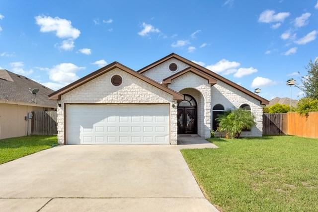 3307 Blue Stone Street, Edinburg, TX 78542 (MLS #214908) :: The Lucas Sanchez Real Estate Team
