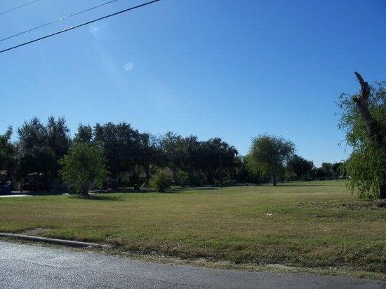 1601 E Miller Avenue, Donna, TX 78588 (MLS #214910) :: The Lucas Sanchez Real Estate Team